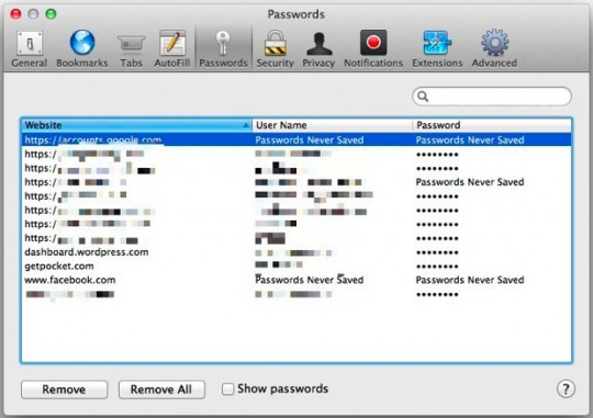 Remove passwords in Safari