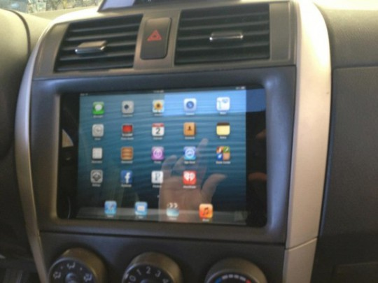 iPad mini car dashboard