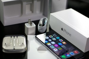 iphone_6_black_unboxed_hero