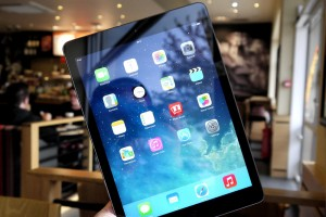 ipad_air_black_hero