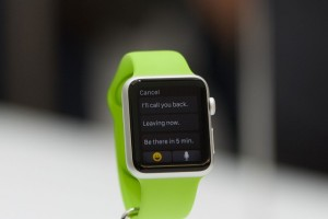 apple_watch_sport_green_band_quick_reply_display