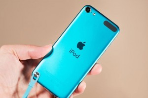 ipod_touch_blue_back_hero