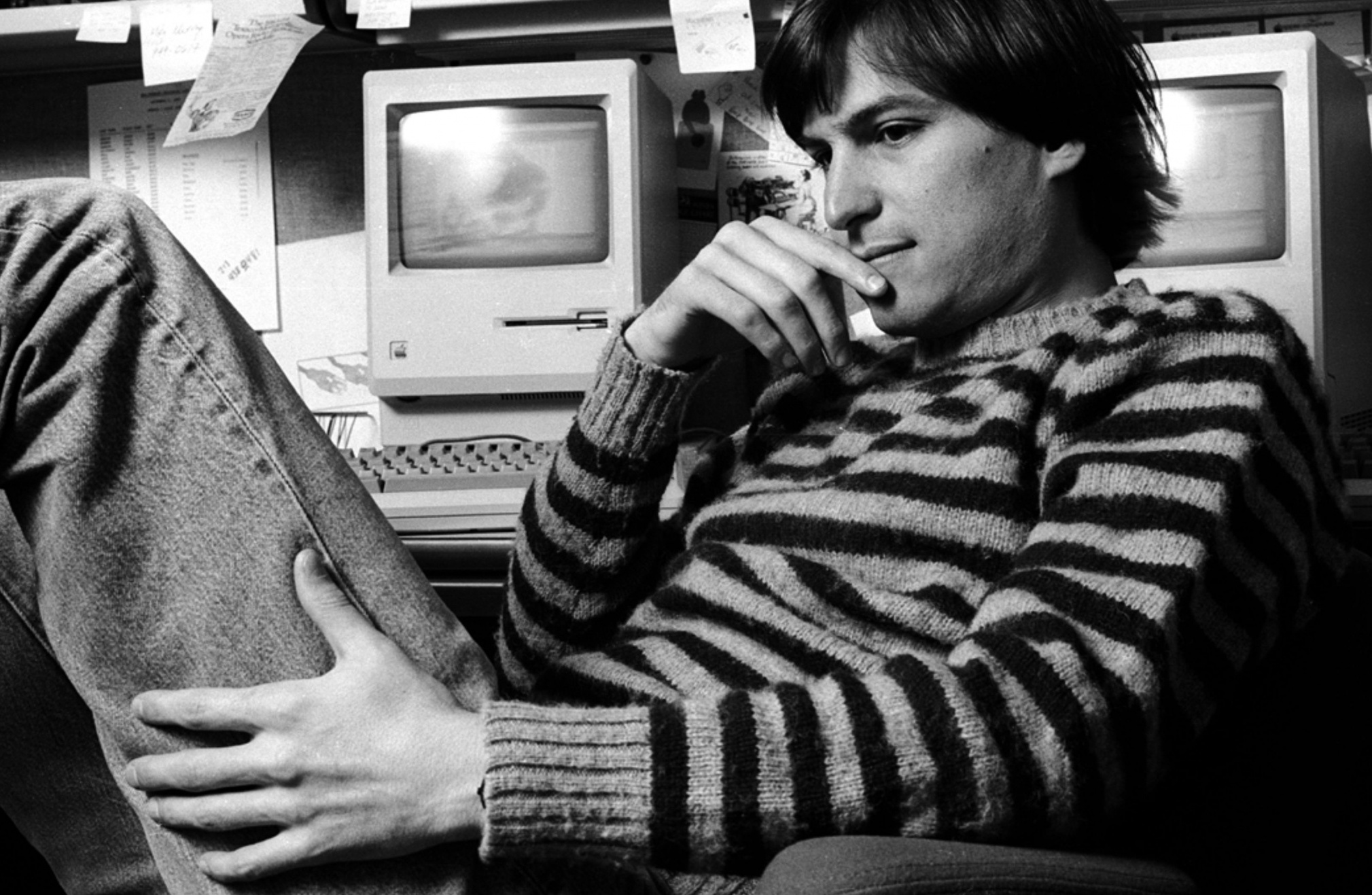steve_jobs_5-wallpaper-2560x1600