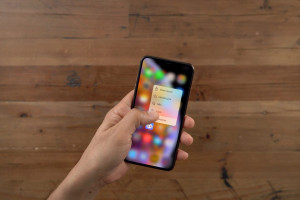 iPhone-XS-Max-vs-iPhone-SE-No-3D-Touch