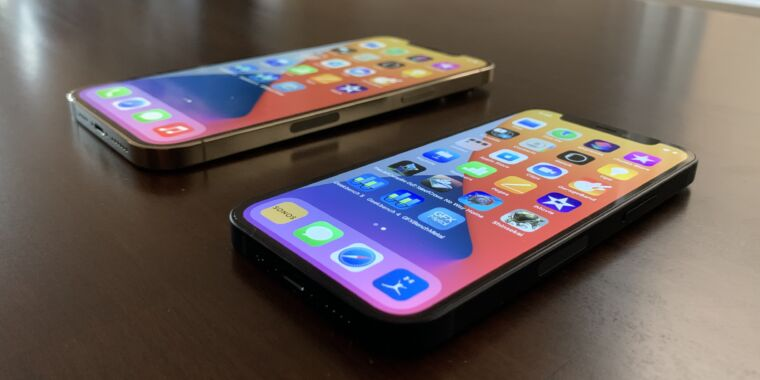 iPhone-12-mini-iPhone-12-Pro-Max-hands-on-How-they