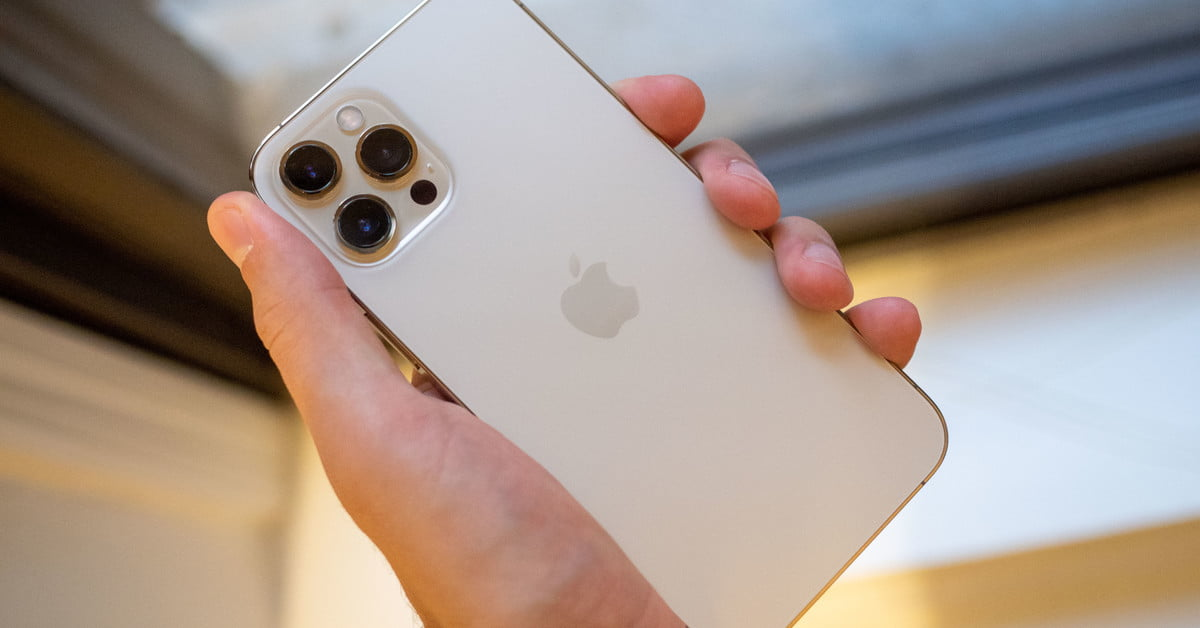 iphone-12-pro-max-gold-in-hand-back-1200x630-c-ar1.91