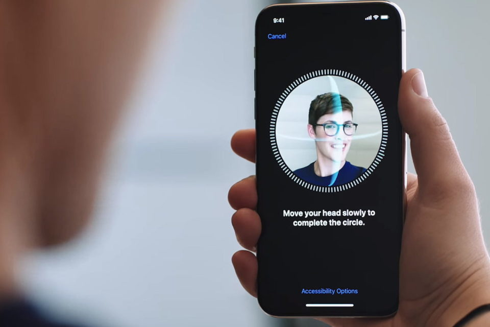 apple-face-id-feature-960x640