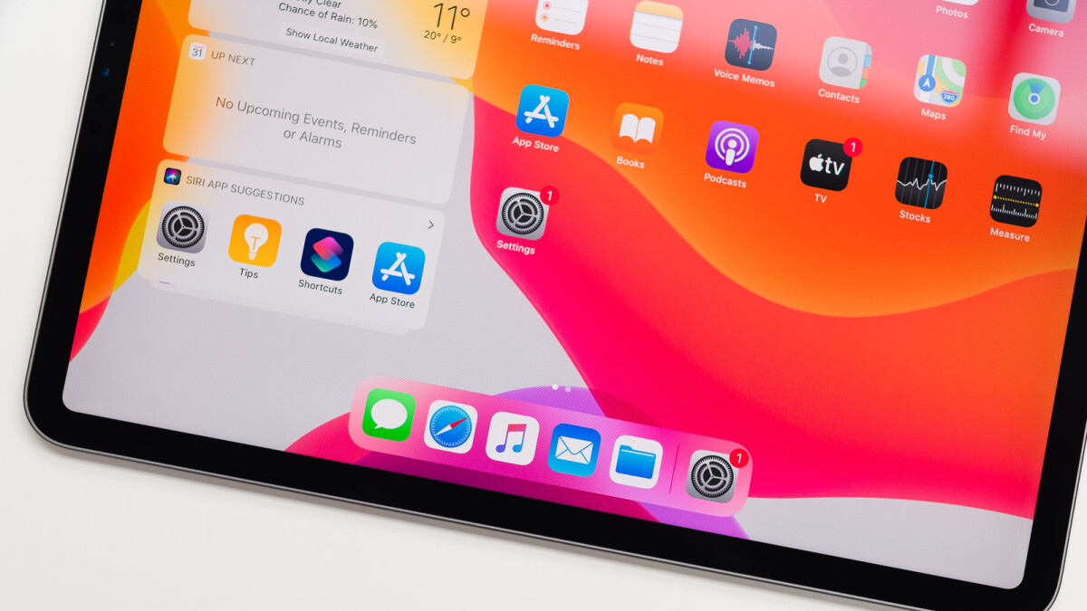 Apple-rumored-to-release-10.9-inch-OLED-iPad-Air-in-early-2022